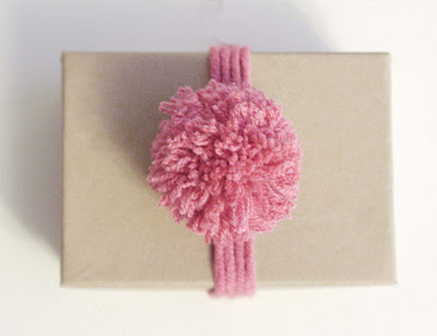 Pompones de lana paso a paso 3