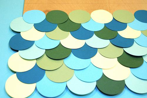 Haz un cuadro con círculos de color 5