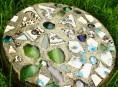 imagen Piedras con mosaicos para el jardín