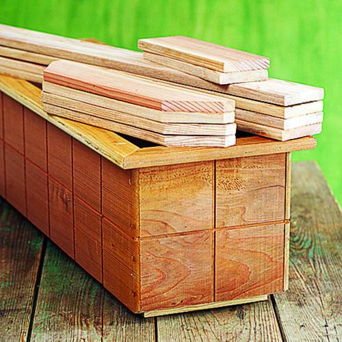 C mo hacer una peque a cama para ensaladas gu a de - Hacer una cama de madera ...