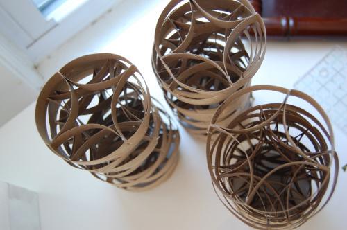Arte con tubos de cart n de papel higi nico gu a de for Como decorar un rollo de papel higienico