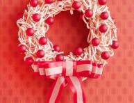 imagen Corona navideña con bastones de caramelo