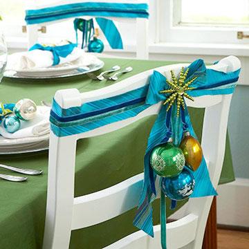 Sillas decoradas por navidad 18