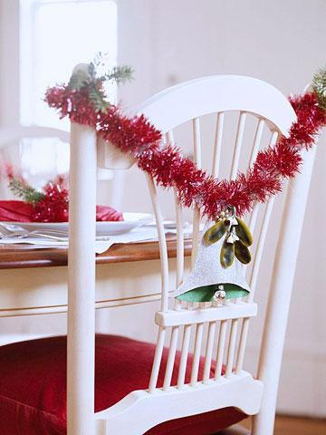 Sillas decoradas por navidad 2