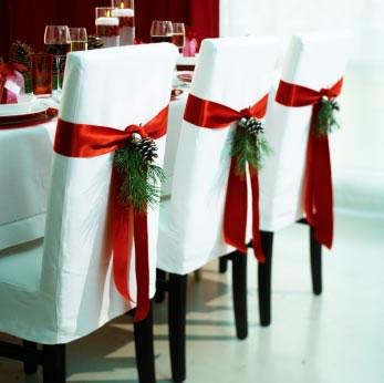sillas decoradas por navidad