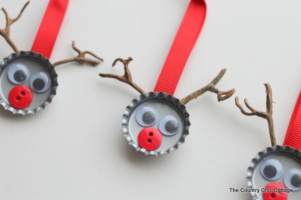Adornos navide os sencillos gu a de manualidades for Elaboracion de adornos navidenos