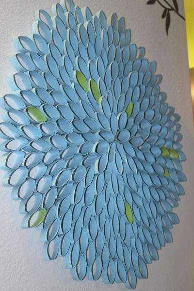 Diseño con rollos de papel higiénico
