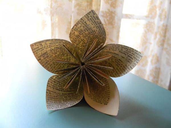 Flores de papel reciclado 17