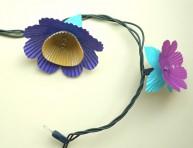 imagen Cómo hacer una guirnalda de flores luminosas