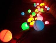 imagen Una guirnalda de esferas luminosas