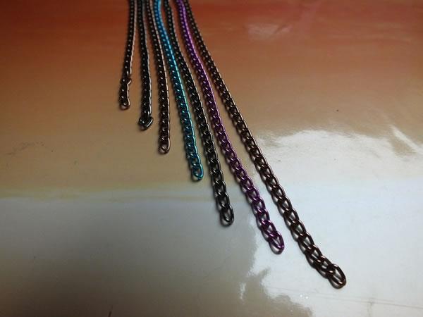 Colgante con cadenas de colores 3