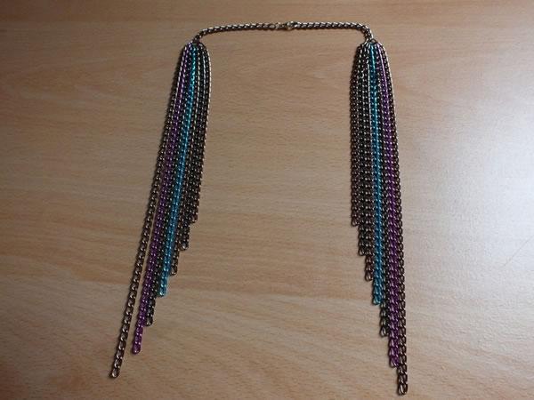 Colgante con cadenas de colores 4