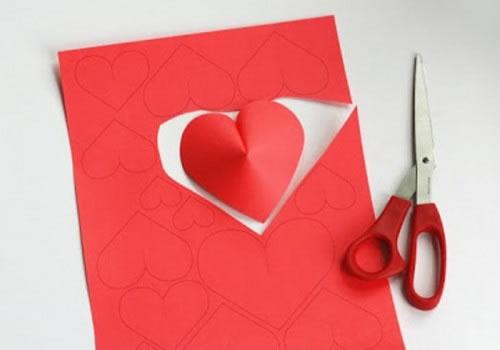 Corazones de papel para San Valentín - Guía de MANUALIDADES