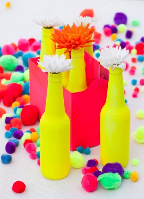 Botellas color neón
