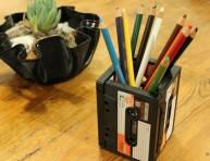 imagen Portalápices con viejos cassettes