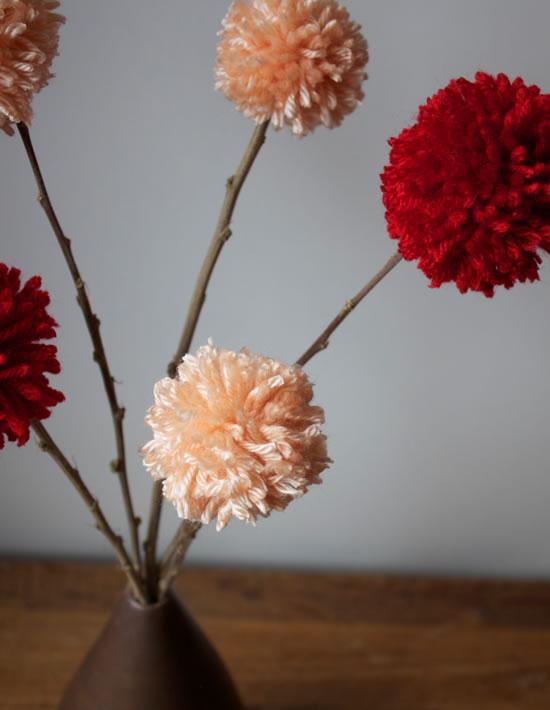 Faciles Flores De Lana Guia De Manualidades - Como-hacer-una-flor-de-lana