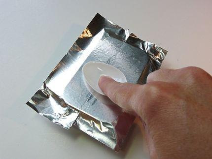 Caja de diseño con aluminio repujado 04