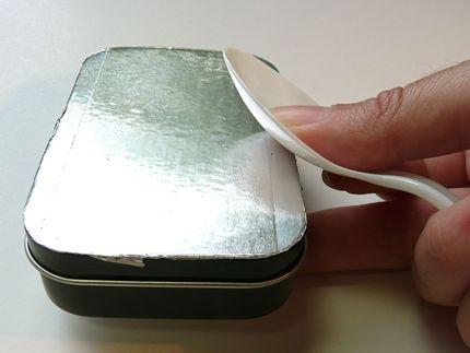 Caja de diseño con aluminio repujado 08