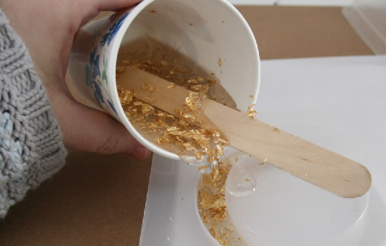 Pulsera de resina y brillos 4