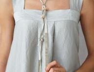 imagen Collar de pequeñas perlas con efecto plateado