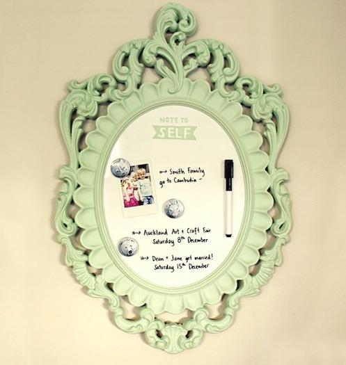 Espejos transformado en pizarra gu a de manualidades - Cortar pizarra en casa ...