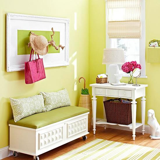 Restaura un mueble para el recibidor gu a de manualidades - Como reciclar muebles viejos ...