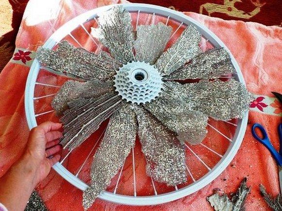 Rueda de bici como adorno 4