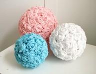 imagen Bolas con flores de papel