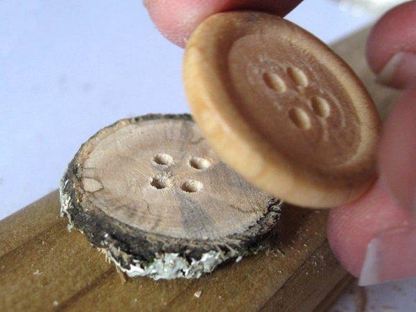 Botones de madera 5