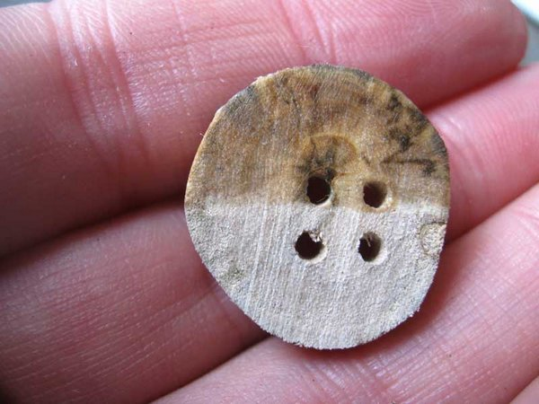 Botones de madera 8