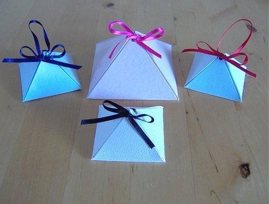 Pirámides de papel para sorpresas - Guía de MANUALIDADES