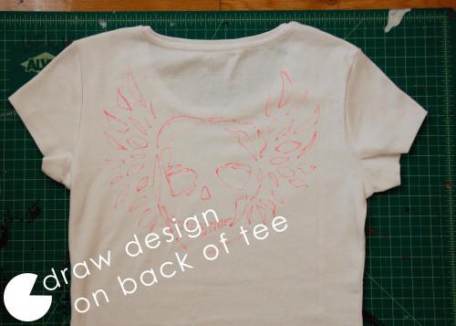 Camiseta con una calavera 2