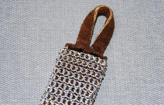 Brazalete con cadenas 7