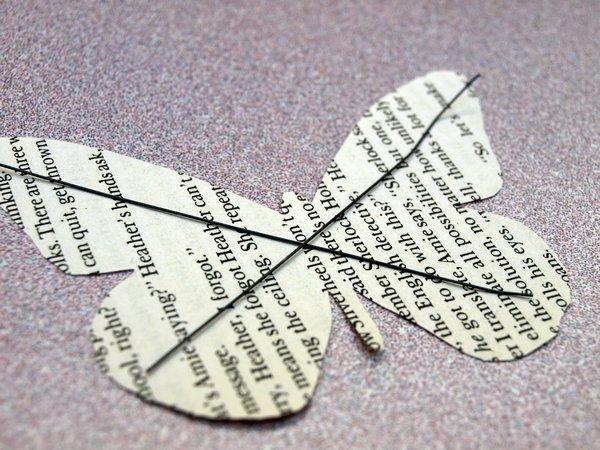 Mariposas de papel gu a de manualidades - Como hacer mariposas de papel para decorar paredes ...