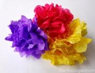 imagen Cómo hacer flores con papel de seda