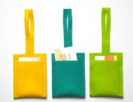 imagen Identificador de equipaje con fieltro de colores