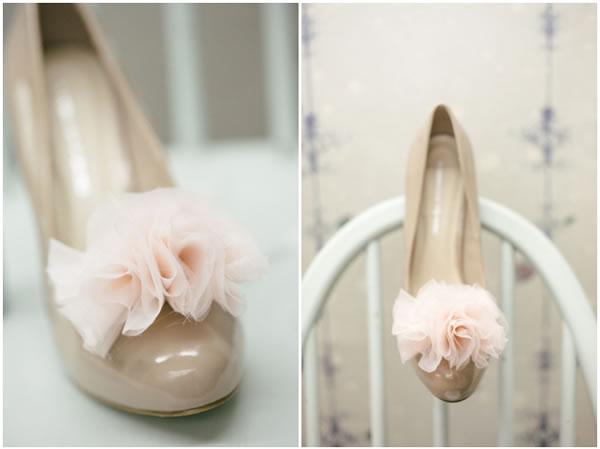 Pompones para tus tacones gu a de manualidades - Pompones para zapatillas ...