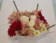 imagen Centro de mesa con flores frescas en minutos