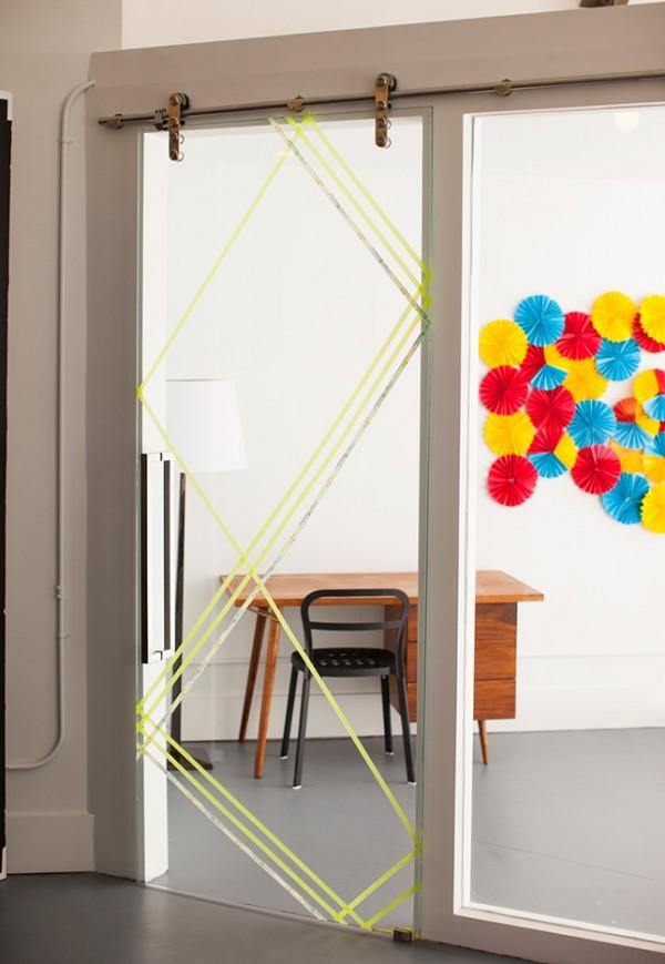 Puertas de cristal decoradas con cinta washi 1