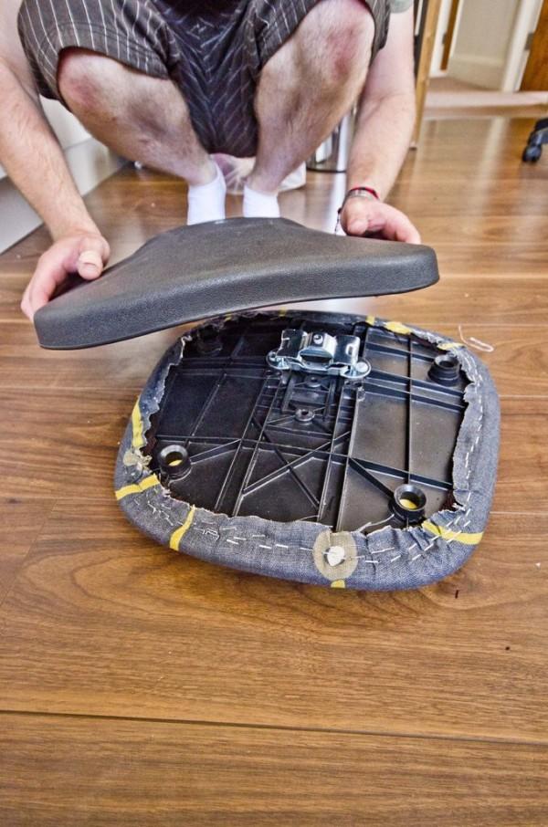 Renueva la silla de la oficina gu a de manualidades - Como tapizar una silla con respaldo ...
