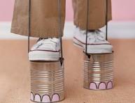 imagen Zancos con forma de pies de elefante