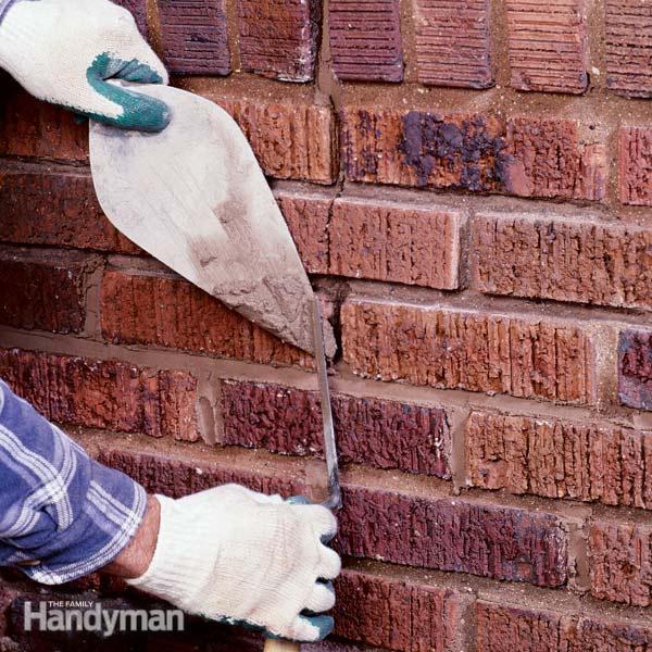 Reparar las juntas de ladrillos 1