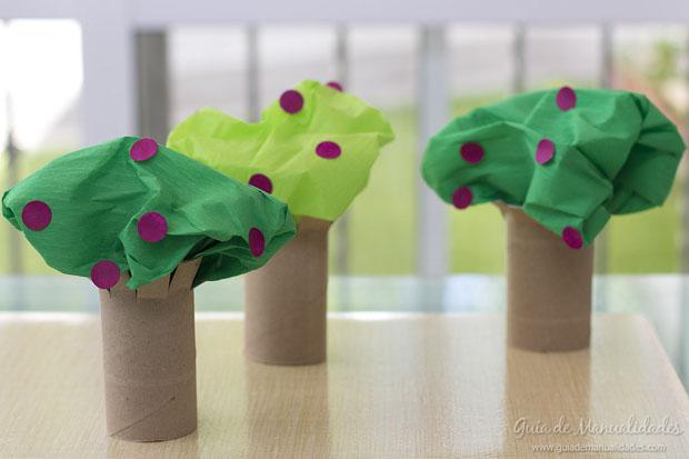 Árboles con tubos de carton 9