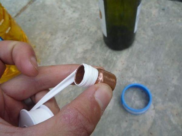 Antorcha con una botella de vino 2