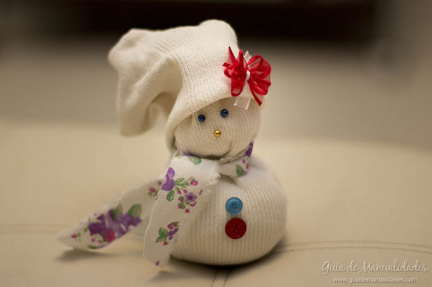 Muñeco navideño con medias 1