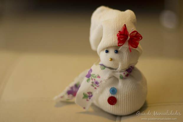 Muñeco navideño con medias 20