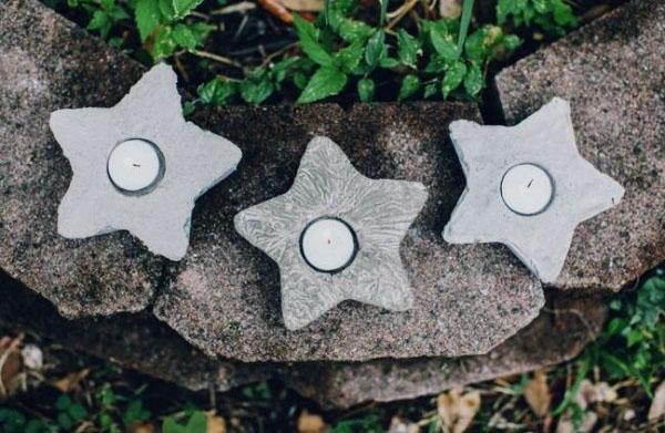 Candeleros de cemento