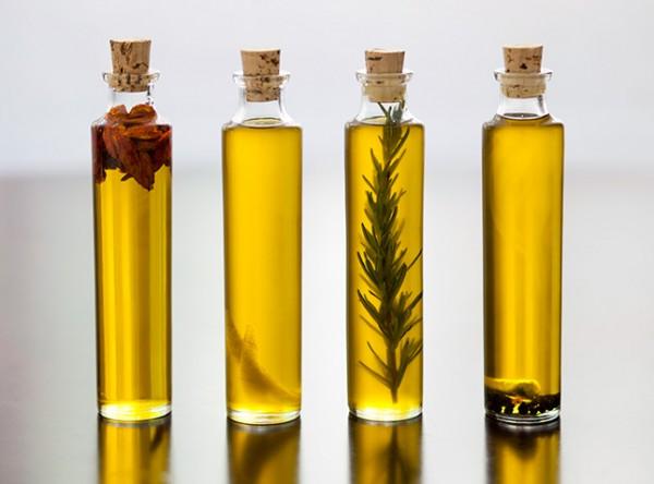 39-como-preparar-aceites-infusionados-01-e1377449872427
