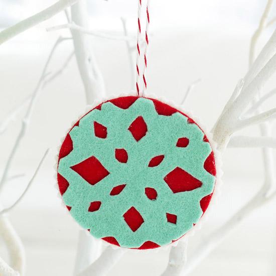 adornos-navidenos-hechos-con-fieltro-01