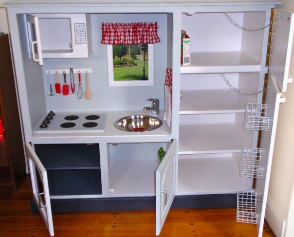 De mueble de tv a cocina para peque as gu a de manualidades - Alicatar cocina detras muebles ...
